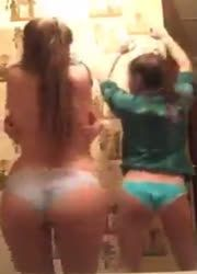 teens having a fun night on periscope